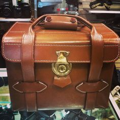 We found this great 1950's camera case in the #adorama used dept!