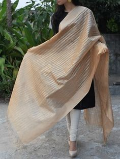 Golden Maheshwari Cotton Silk Dupatta.