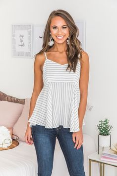 Just A Little Love Striped Tank White Spring Outfits Women, Summer Outfits, Cute Tank Tops, Complete Outfits, Striped Tank, Ladies Dress Design, Chic Outfits, Casual Looks, Fashion Dresses