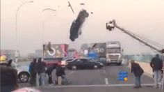 Une équipe de tournage a failli être percuté par un véhicule ...   http://noemiconcept.com/index.php/fr/departement-informatique/webbuzz-tech-info/item/206396-un-tournage-qui-a-failli-mal-finir-a-scene-that-almost-end-badly.html#video