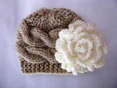 Knit Baby Girl Cable Hat. Too cute! @Kaila Cote Cote Cote Rodriguez