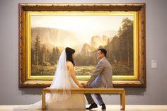 Art gallery wedding at Crocker Art Museum. Photographer: Liz Caruana Weddings.