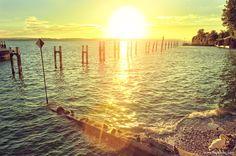 Puesta de sol en el lago Constanza. Meersburg. Alemania. / Sunset at Lake…