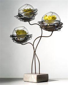 Op dressoir ook leuk met grote eieren Serax - Belgian floral design supplies