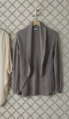 Fall staple | Open front cardigan.