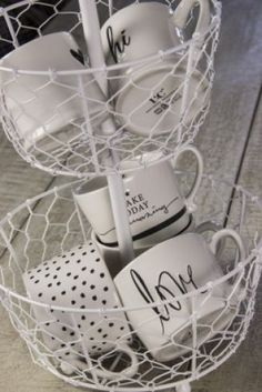 Head over heels with BC Summer collection 2017 Cool Kitchens, Mugs, House Styles, Kitchen Goods, Tableware, How To Make, Lovely Things, Summer Collection, Amazing
