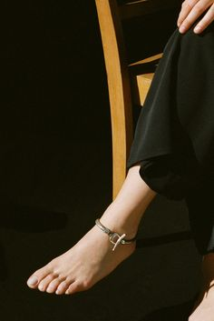 SOPHIE BUHAI - PYTHON ANKLET  http://www.sophiebuhai.com/collections/jewelry/products/python-anklet