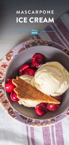 No-Churn Mascarpone Ice Cream Recipe - - This recipe comes together completely on a stand mixer rather than in an ice cream machine, and uses whole eggs for a light custard flavor to enrich the complexity of mascarpone cheese. Cooking Ice Cream, Keto Ice Cream, Ice Cream Maker, Homemade Ice Cream, Ice Cream Recipes, Cheesecake Ice Cream, Cream Cake, Frozen Desserts, Frozen Treats
