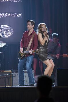 Love Rayna and Deacon...can't wait for Nashville to come back on