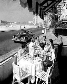 riomaisvintage:    Bar no Rio de Janeiro  Jean Manzon, circa 1940