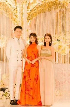 Classic Romance and Taiwan Stars Glitter at the Taipei Wedding Reception for Michelle Chen and Chen Xiao Wedding Week, Wedding Reception, Michelle Chen, Chinese Wedding Decor, Love Kiss, Asian Actors, Bridesmaid Dresses, Wedding Dresses, Actors & Actresses