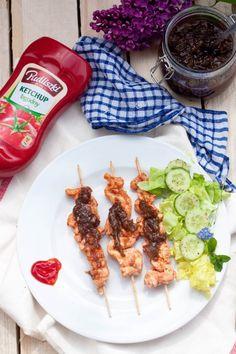 Szaszłyki z kurczaka - DusiowaKuchnia.pl Ketchup, Grilling, Chicken, Meat, Food, Eten, Meals, Grill Party, Cubs