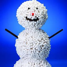 This cheery snowman is made with dozens of Q-Tips!