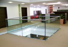 Glazen balustrade doorvalbeveiliging