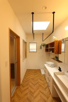 Laundry Bathroom Combo, Studio Apt, Outdoor Kitchen Design, Bathroom Toilets, Laundry Room Design, Small House Design, Love Home, Kitchen Interior, Room Inspiration