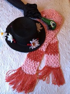 Found a hat pattern and I'm going to recruit pat to make scarves.. I've found our fun ride phot props :)