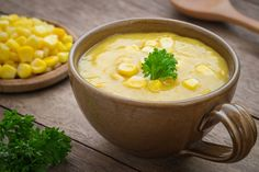 Enjoy our version of this restaurant favorite. This skinny corn chowder will be your new favorite soup! Potato Health Benefits, Benefits Of Potatoes, Benefits Of Sweet Corn, Cream Of Corn Soup, Easy Recipe To Make At Home, Comidas Light, Corn Soup Recipes, Sweet Corn Soup, Vegetarian Recipes