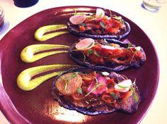 Sopes de lengua, del chef Paco Molina, en restaurante Evoka.