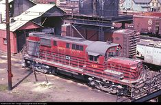 RailPictures.Net Photo: LV 400 Lehigh Valley Alco RS-11 at Sayre, Pennsylvania by Dave Burroughs