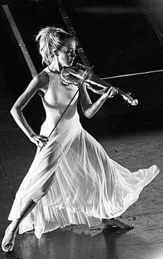 My absolute everything❤️ Lindsey Stirling Outfits, Violin Photography, White Photography, Portrait Photography, Violin Music, Violin Sheet, Sheet Music, Shatter Me, Stevie Ray Vaughan