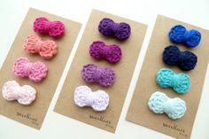18 Ideas For Crochet Headband Bow Hair Clips Crochet Hair Clips, Crochet Bows, Crochet Lace Edging, Baby Afghan Crochet, Crochet Art, Crochet For Kids, Crochet Flowers, Crochet Patterns, Baby Girl Hair Accessories