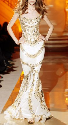 fashforfashion -♛ STYLE INSPIRATIONS♛: designer dress. Reminds me of some Greek goddess. Style I love the most