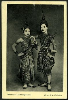 Traditional Khmer Dancer .... Image probably taken at the end of the 1800's — in Siem Reap, Siemreab-Otdar Meanchey.