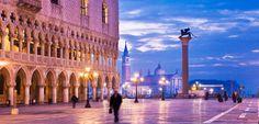 La Plaza de San Marcos . Venecia