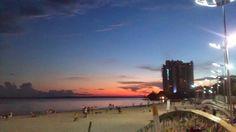 Por do sol na praia de ponta negra em Manaus