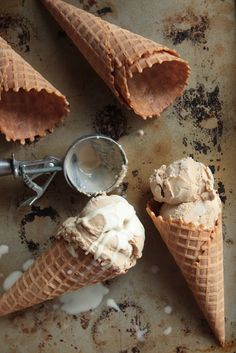 Earl Grey Ice Cream - www.countrycleaver.com