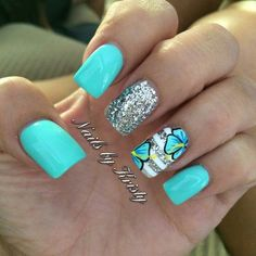 Instagram photo of acrylic nails by nailsbykristy