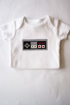Classic Nintendo Controller Onesie, Gamer Baby, Geeky Baby, Baby Shower Gift Ideas Love this site