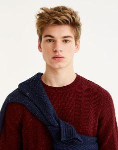 Pull&Bear - πουλόβερ με πλεξίδες - μπορντω - 09557533-V2018