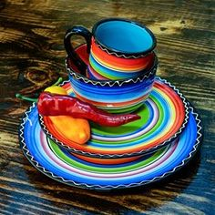 western home decor Serape Sunrise Plate Set. Love this bright and fun serape western home decor! Mexican Style Decor, Mexican Kitchen Decor, Mexican Kitchens, Fiesta Kitchen, Mexican Dining Room, Mexican Bedroom, Mexican Style Homes, Mexican Colors, Ranch Kitchen