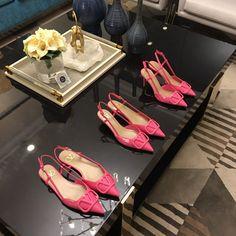 Valentino Shoes, Salvatore Ferragamo, Flats, Fashion, Valentino Heels, Loafers & Slip Ons, Moda, Fashion Styles, Ballerinas