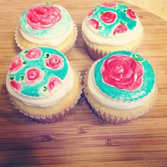 Lilly cupcakes