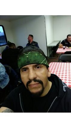 """George Armani Benitez and fellow Actors from.. """"Sons of Anarchy"""" Spin-off, having dinner, between hours of Filming.. Awesome Times!"""