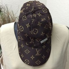 Louis Vuitton Cap No tags, but has never been worn, great condition, one size fits all. Louis Vuitton Accessories Hats