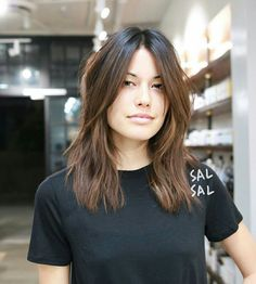 Effortless coloring Cherin Choi Cut / Style sal sal - # Check more at hair. - Effortless coloring Cherin Choi Cut / Style sal sal – # Check more at hair. New Hair Cut Style, Hair Color And Cut, Cut And Style, Medium Hair Cuts, Medium Hair Styles, Short Hair Styles, Medium Thick Hair, Bangs Medium Hair, Thick Long Hair