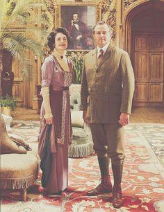 CAST: Elizabeth McGovern and Hugh Bonneville as Cora and Robert Crawley Downton Abbey Costumes, Downton Abbey Fashion, Grey's Anatomy, Belle Epoque, Outlander, Teen Wolf, Robert Crawley, Supernatural, Hugh Bonneville