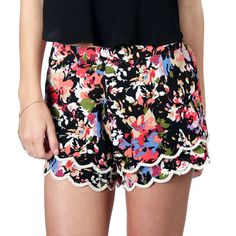 """Zoe Floral Shorts, get 'em while they're hot! Everything 20% OFF! Use code """"LDW20"""" #hippiebling"""