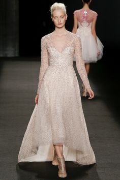 Monique Lhuillier - New York Fashion Week - Aisle Style Inspiration Autumn/Winter 2014-15