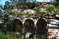 Quinta de Relogio of Sintra: A front view of moorish revival building which is dated in cent. Moorish Revival, Gazebo, Outdoor Structures, Architecture, Building, Arquitetura, Kiosk, Deck Gazebo, Buildings