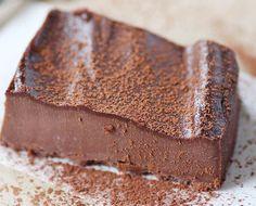 Enkel ostekake med sjokolade (uten ost) - http://sunndessert.no/enkel-ostekake-sjokolade/