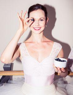 Ballet dancers fuel up. http://www.thecoveteur.com/ballet-dancer-meals/
