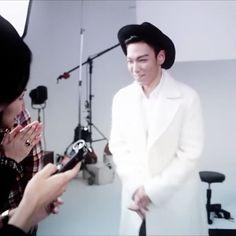 "#T.O.P for Vogue Japan💙 #BIGBANG #빅뱅 #최승현 #탑 #崔勝鉉 #tttop #권지용 #TOP #ChoiSeungHyun #T_O_P…"""