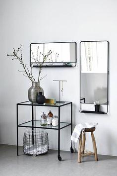 Lustro z półką CHIC poziome czarne - House Doctor - Nordic Decoration Home 629 zł Mirror Interior, Black Mirror Frame, Furniture, House Doctor, Shelves, Interior, Mirror With Shelf, Home Decor, House Interior