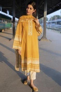 Pakistani Fashion Casual, Indian Fashion Dresses, Indian Designer Outfits, Pakistani Outfits, Designer Dresses, Fashion Outfits, Beautiful Pakistani Dresses, Pakistani Formal Dresses, Pakistani Fashion Party Wear