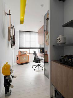 Z-AXIS DESIGN, Тайчжун, Тайвань, Modern Chic, интерьер минимализм, яркие предметы мебели в интерьере, цветовой якорь в интерьере, оригинальный интерьер