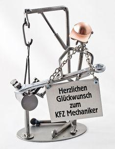 """Metallmann Motortechniker - Wired Line . Schraubenmännchen Automechaniker Aus der Schraubenmännchen-Serie """"Wired Line"""" ist dieses Produkt ein schönes Geschenk"""